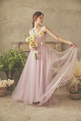 ピュアートドレス